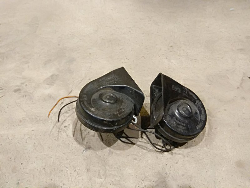 Сигнал звуковой Ford Focus 2 05-07 2.0 2006 (б/у)