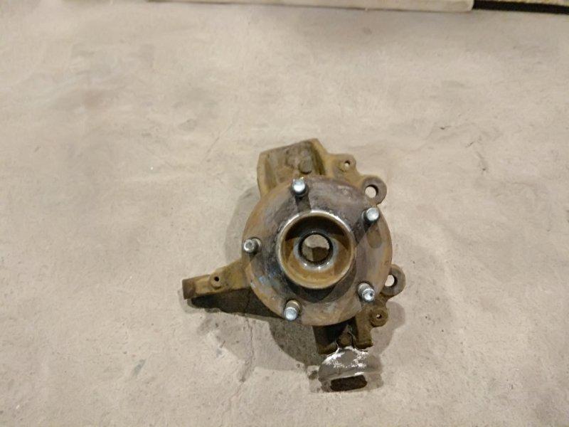 Кулак поворотный Ford Focus 2 05-07 правый (б/у)