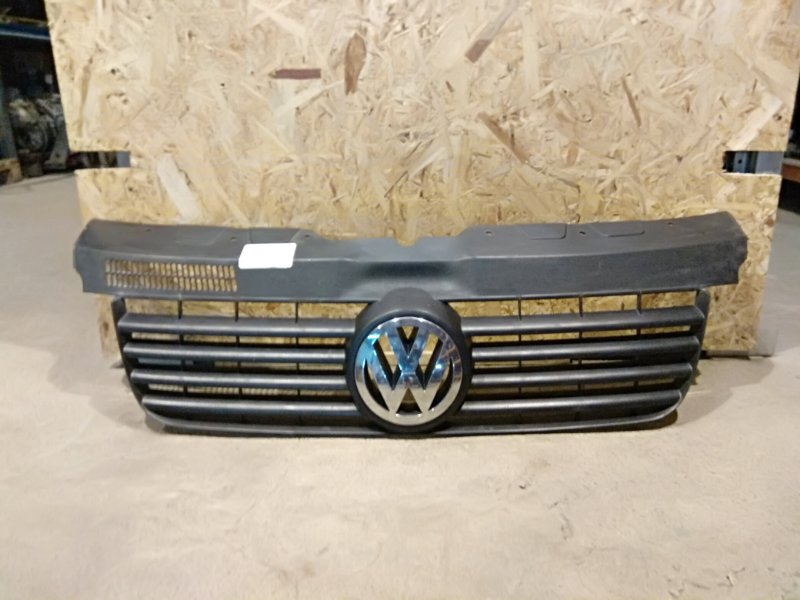 Решетка радиатора Volkswagen Transporter T5 BNZ 2007 (б/у)