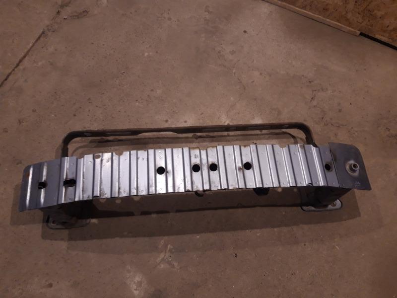 Усилитель бампера Ford Focus 2 05-07 1.8 2006 передний (б/у)