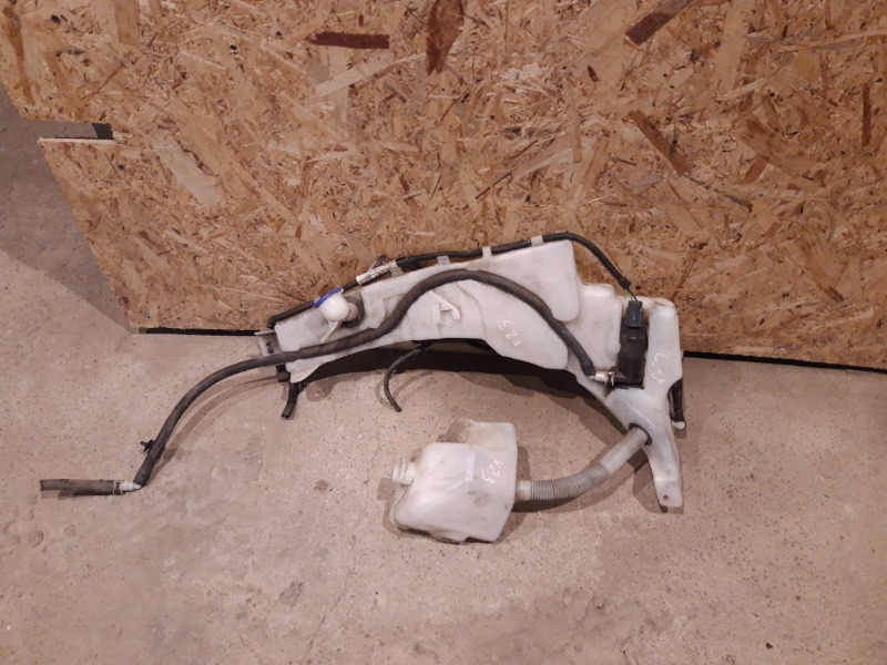 Бачок омывателя Ford Focus 2 05-07 1.8 2006 (б/у)