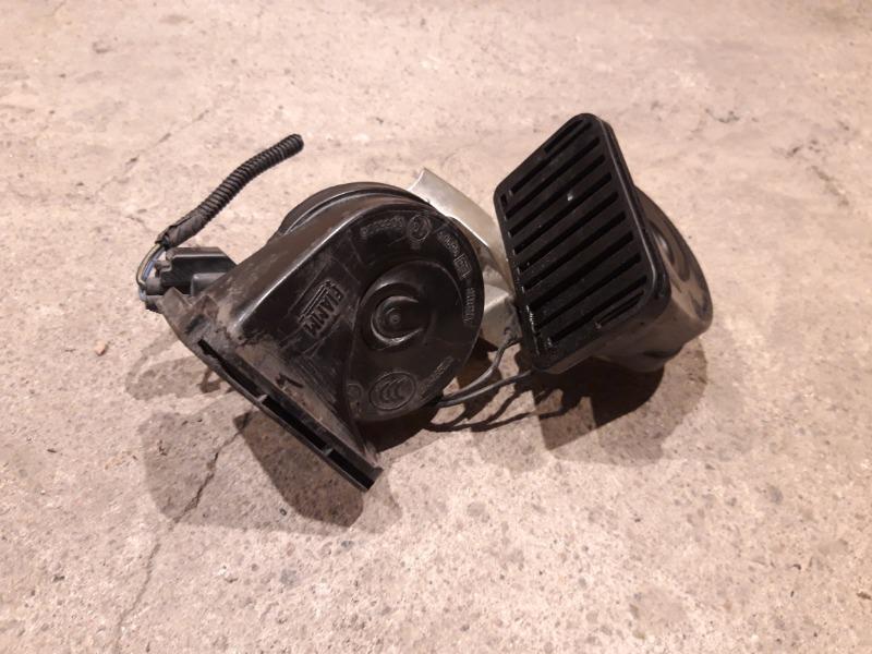 Сигнал звуковой Ford Focus 3 УНИВЕРСАЛ 1.6 TD 2012 (б/у)