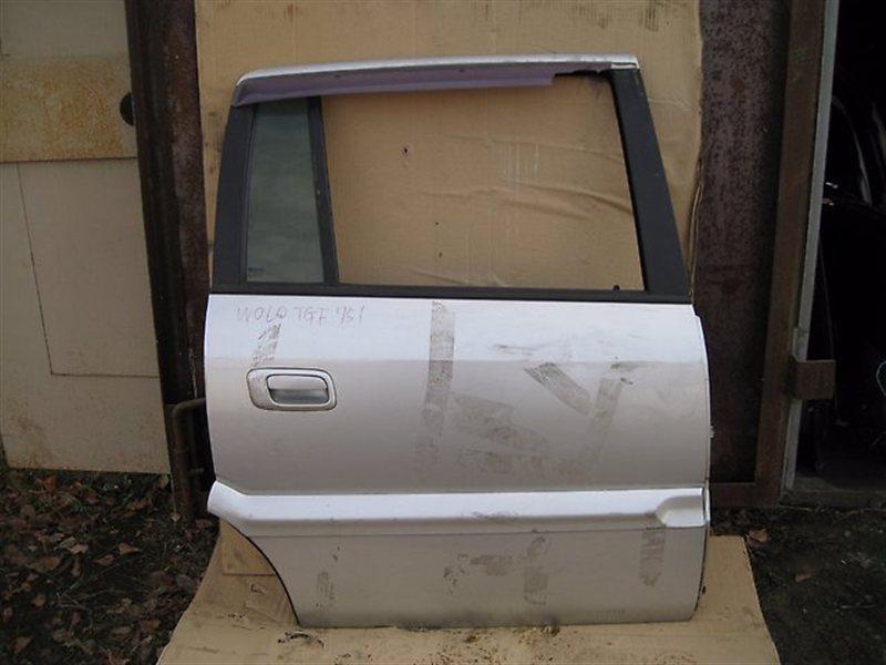 Дверь Subaru Traviq XM182 Z18 задняя правая