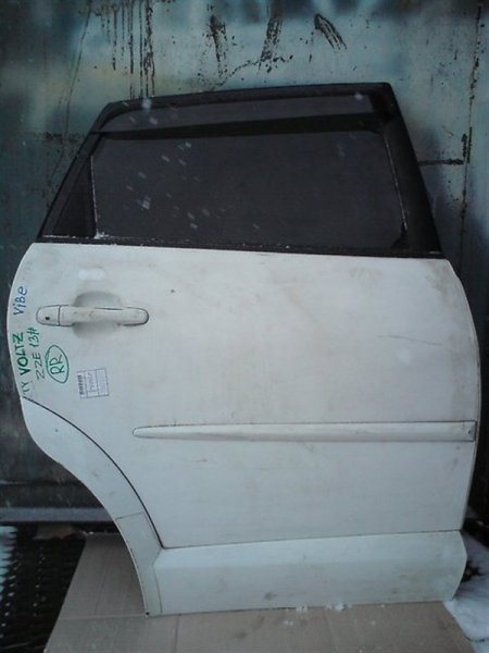 Дверь Toyota Voltz ZZE138 2ZZGE задняя правая
