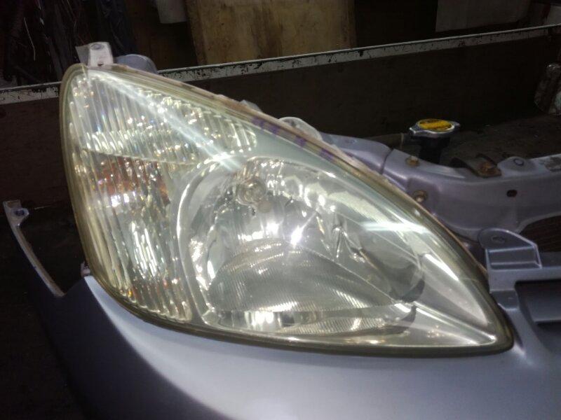 Фара Toyota Prius NHW11 1NZFXE правая
