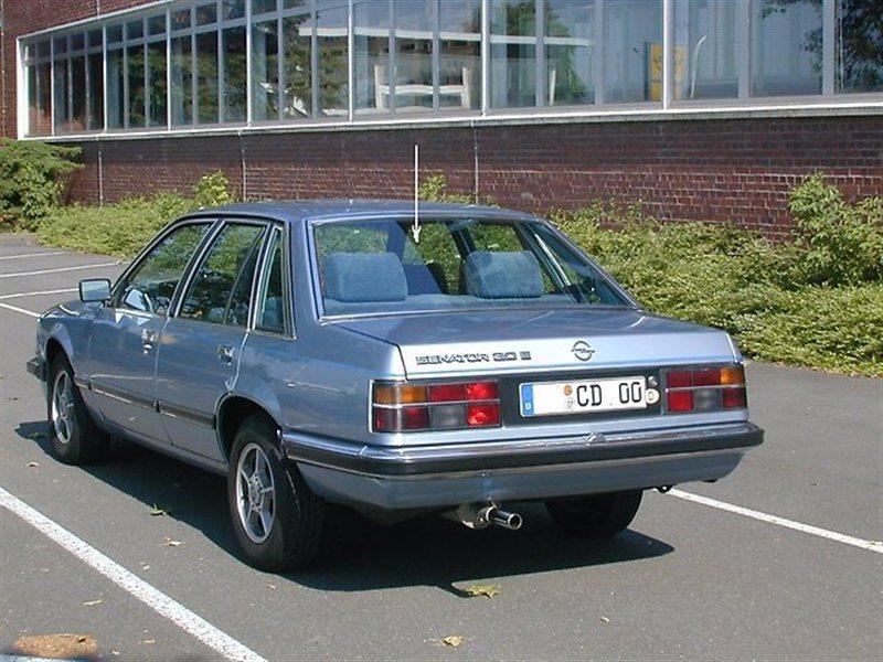 Стекло Opel Senator 1978 г. в заднее