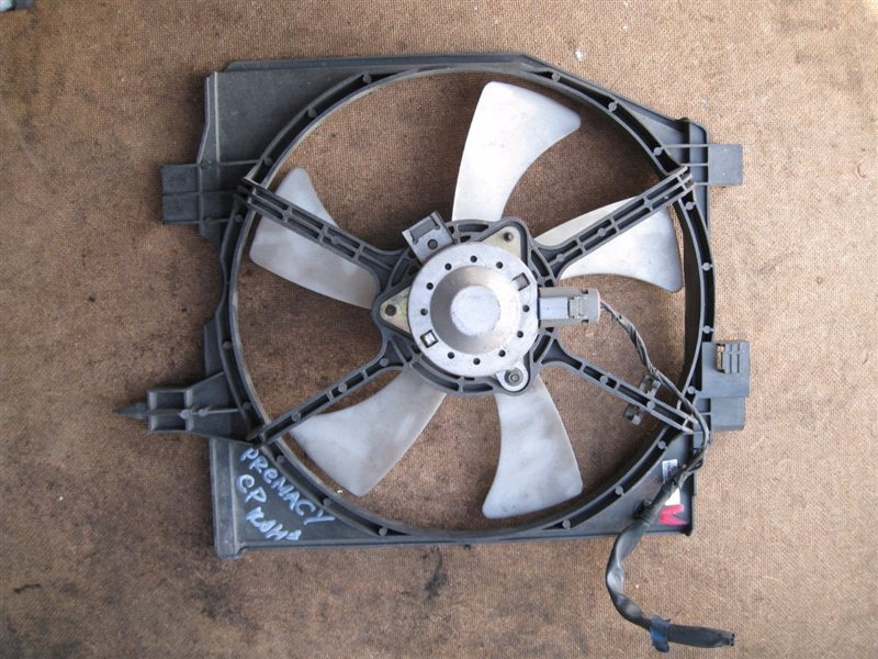 Вентилятор радиатора Mazda Premacy CP8WF