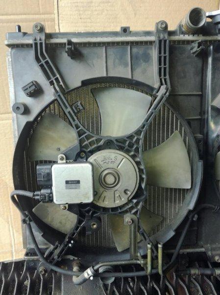 Вентилятор радиатора Mitsubishi Chariot Grandis N84W левый