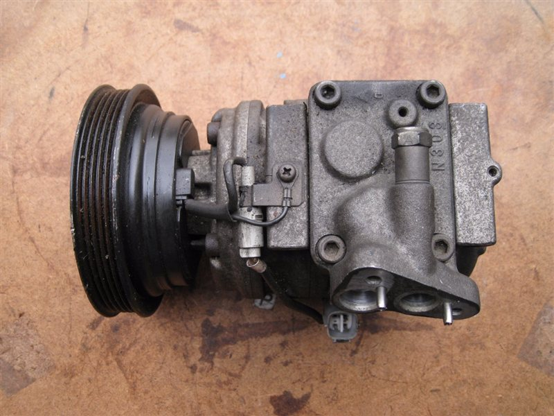Компрессор кондиционера Toyota Camry SV40 3SFE