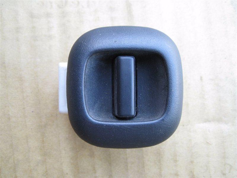 Кнопка стеклоподьемника Toyota Auris E180 1SZFE