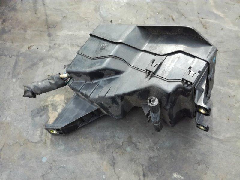 Блок предохранителей Toyota Crown UZS175 1UZFE