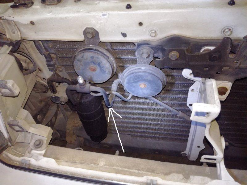 Шланг кондиционера Toyota Chaser SX80 7MGE