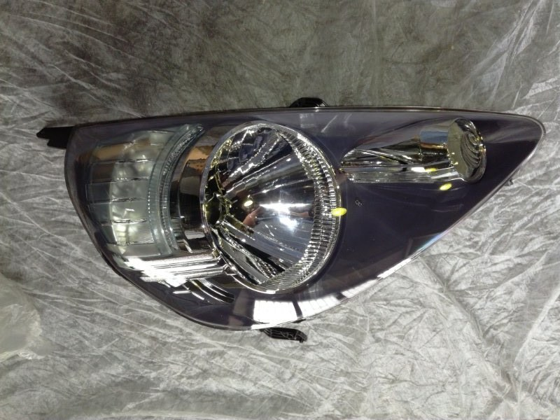 Фара Honda Fit GD1 L12A1 передняя правая