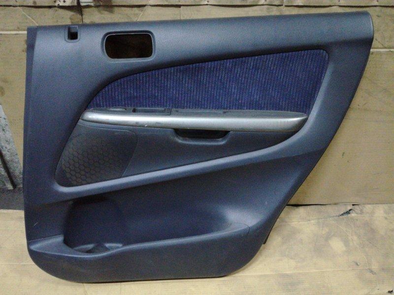 Обшивка двери Honda Stream RN2 D17A задняя правая