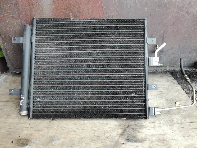 Радиатор кондиционера Jaguar S-Type X200 AJ25