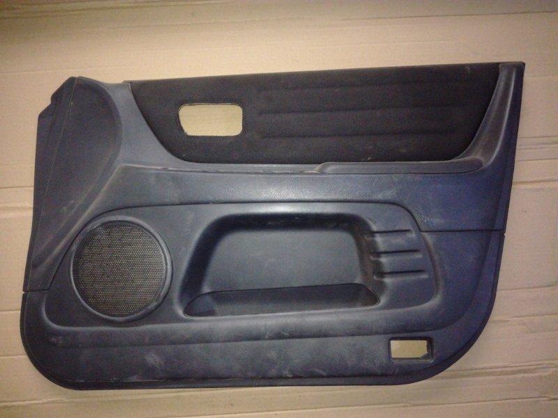 Обшивка двери Toyota Altezza GXE10 1GFE передняя правая