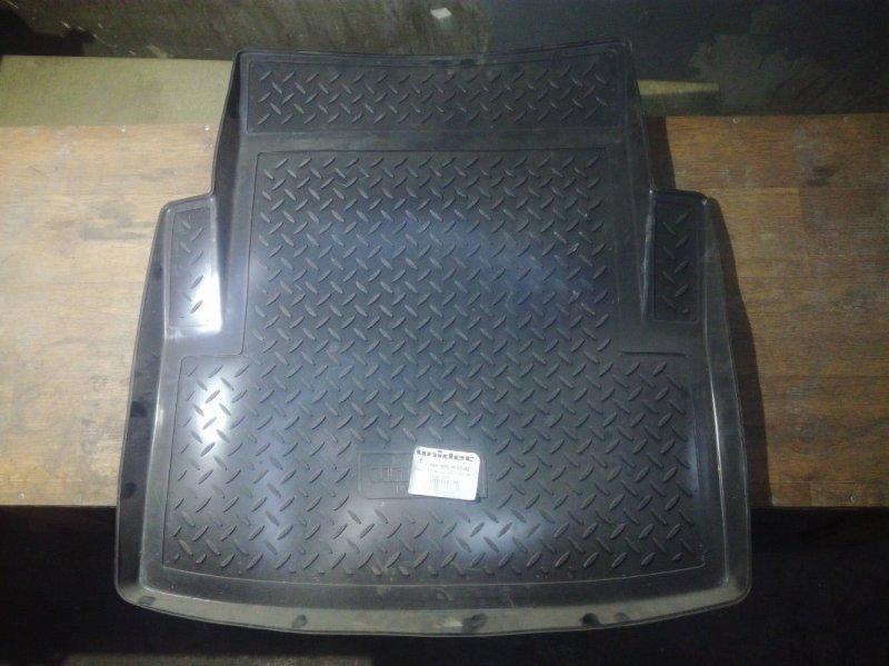 Коврик в багажник Bmw 3-Series E90 2005