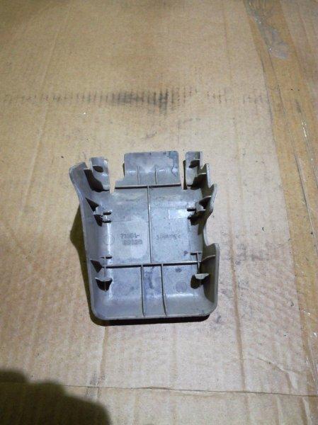 Заглушка Toyota Land Cruiser FZJ100 1FZFE задняя правая