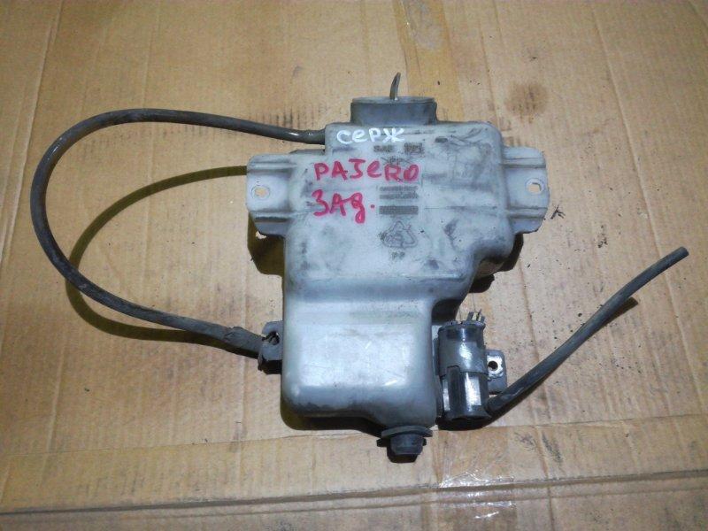 Бачок омывателя Mitsubishi Montero L047G 4D56 задний