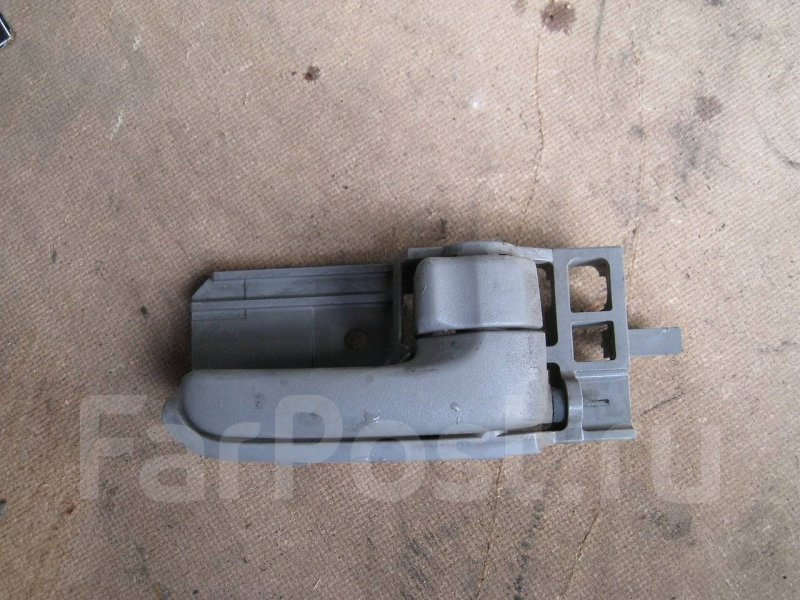 Ручка двери внутренняя Toyota Allex NZE121 1NZFE правая