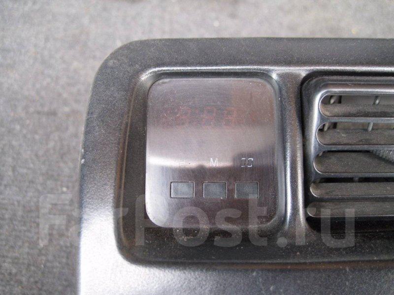 Часы Toyota Corolla AE100 2C