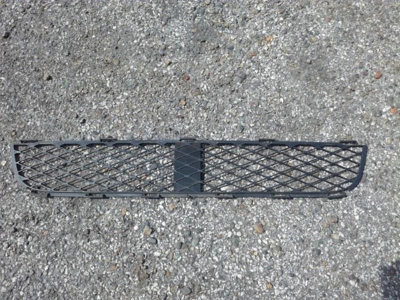 Решетка в бампер Toyota Echo Verso NCP20 1NDTV 2002 передняя нижняя