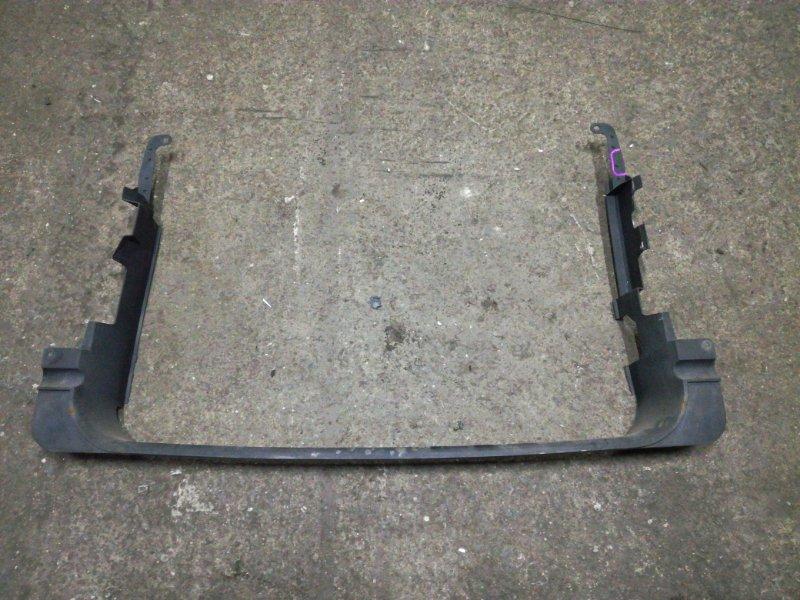 Защита радиатора Mitsubishi Chariot Grandis N83W 4G64