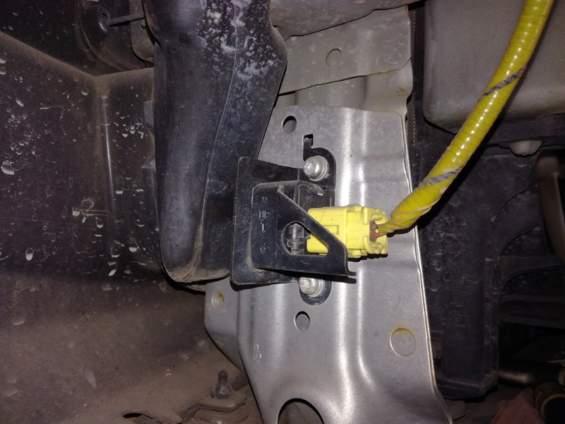 Датчик airbag Honda Fit GD3 L12A1 передний левый