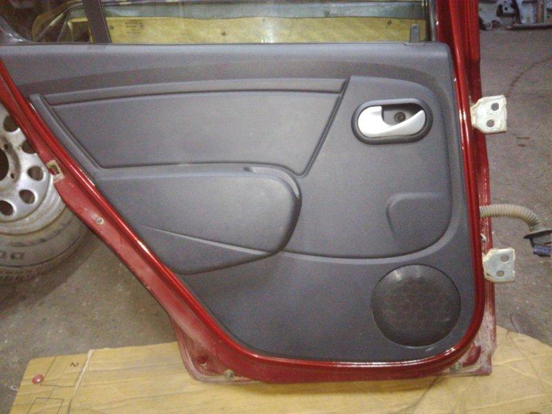 Обшивка двери Renault Sandero Stepway 2009 задняя левая