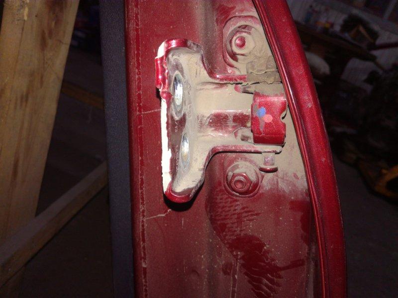 Петли на дверь Renault Sandero Stepway задние левые