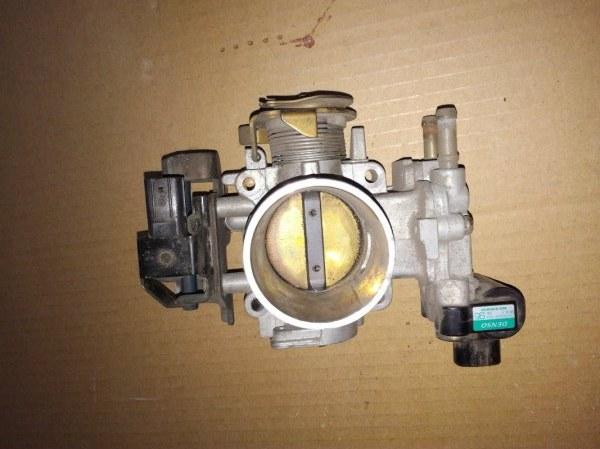 Дроссельная заслонка Honda City GD1 L12A1