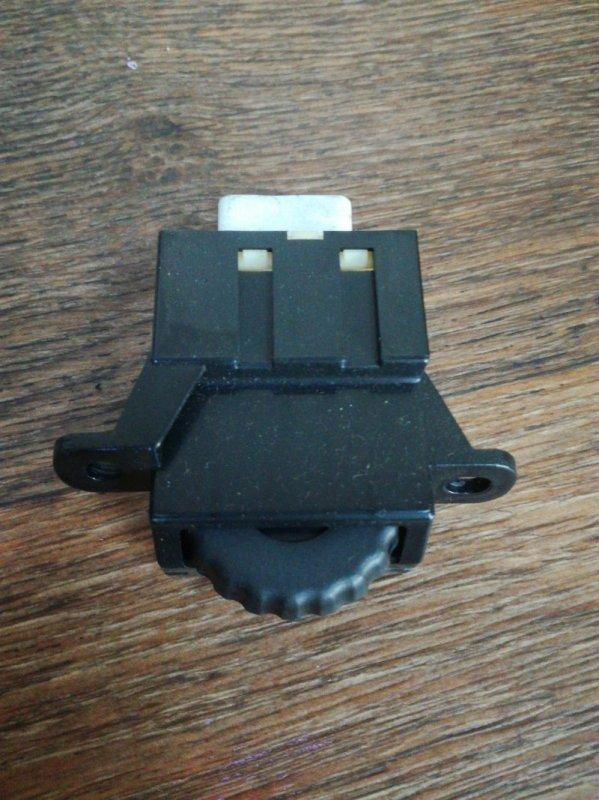 Кнопка регулятора яркости Toyota Lx470 UZJ100 1HDFTE