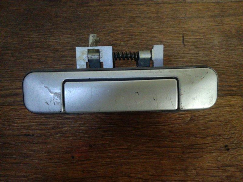 Ручка багажника Subaru Forester SF5 EJ202 задняя