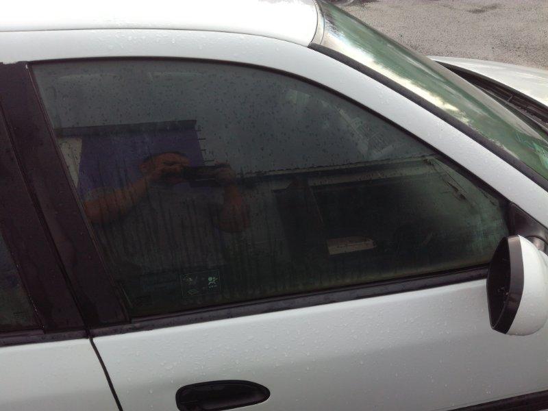 Стекло двери Renault Safrane B540 1992 переднее правое