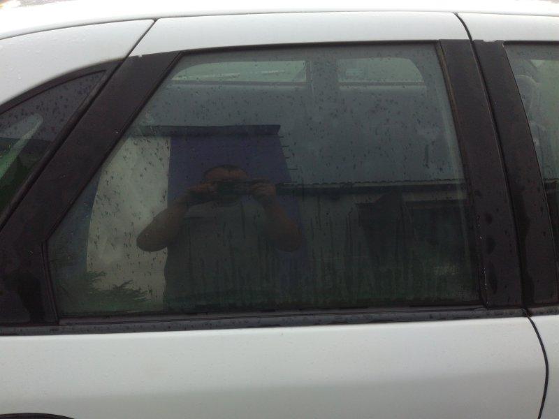 Стекло двери Renault Safrane B540 1992 заднее правое