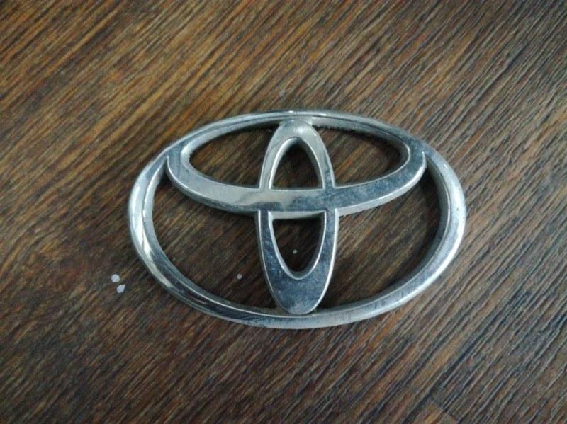 Эмблема Toyota Corolla Spacio AE111 1NDTV задняя