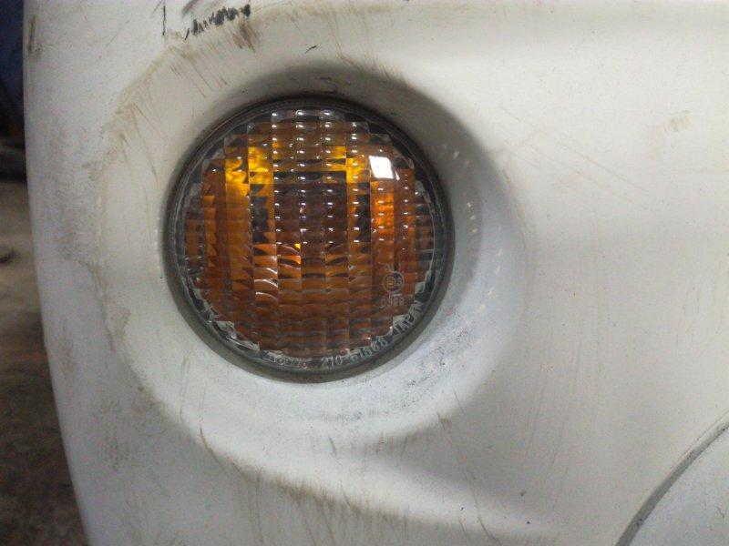 Повторитель в бампер Daihatsu Terios Kid J111G передний правый