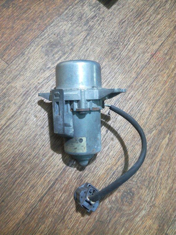 Электро вакуумный насос тормозной системы Volvo S40 MW20 B4164S3 2004