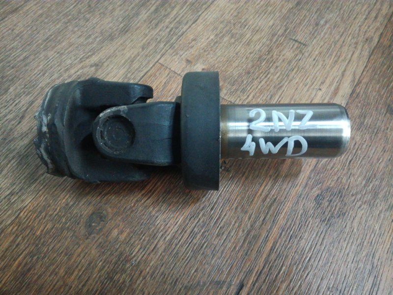 Хвостовик карданного вала Toyota Will Cypha NCP75 1NZFE передний