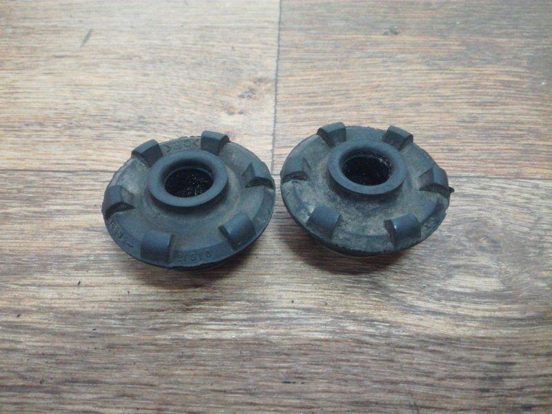 Подушка радиатора Toyota Allex NZE121 1NZFE нижняя