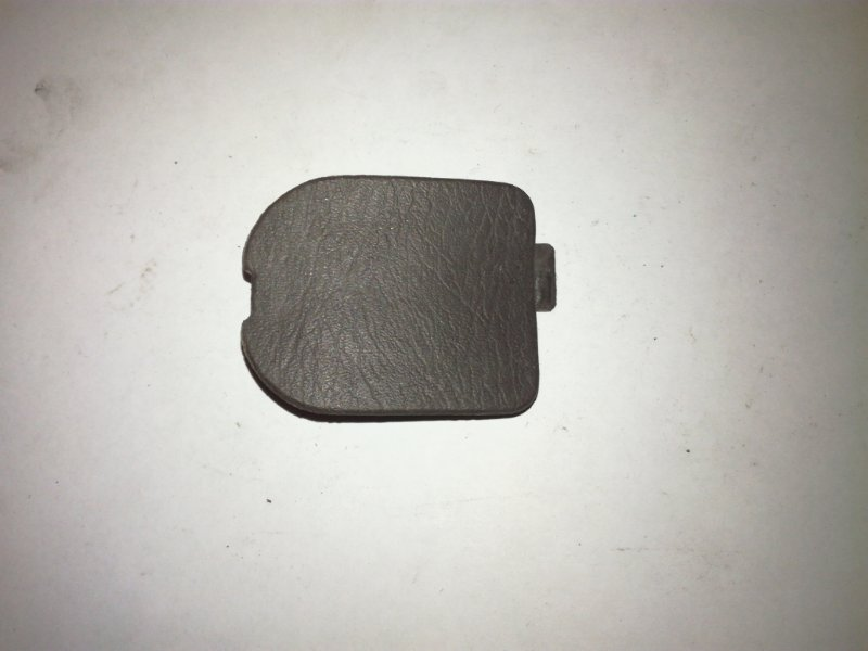 Заглушка Nissan Almera N15 CD20