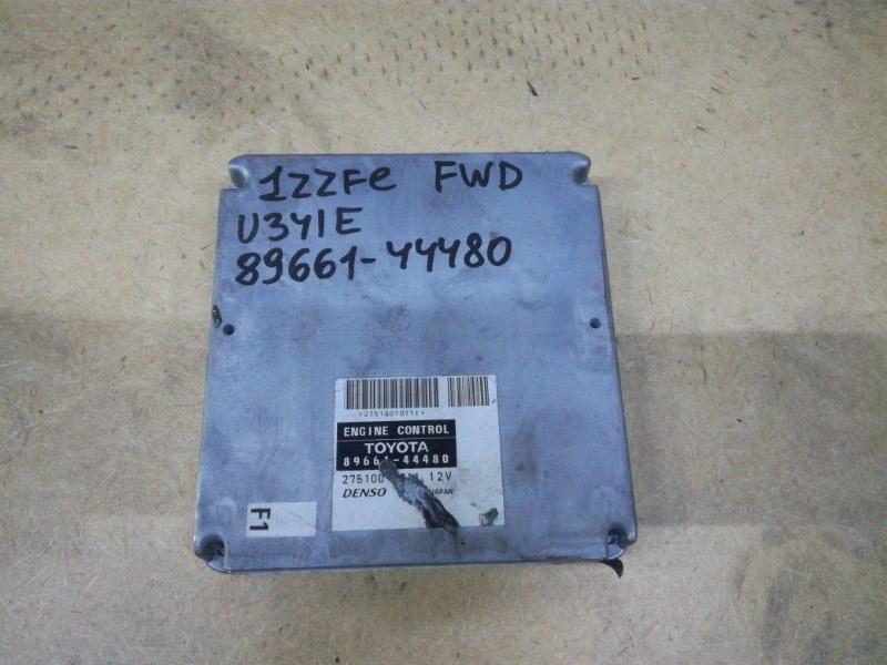 Блок управления двигателя Toyota Isis ZNM10 1ZZFE