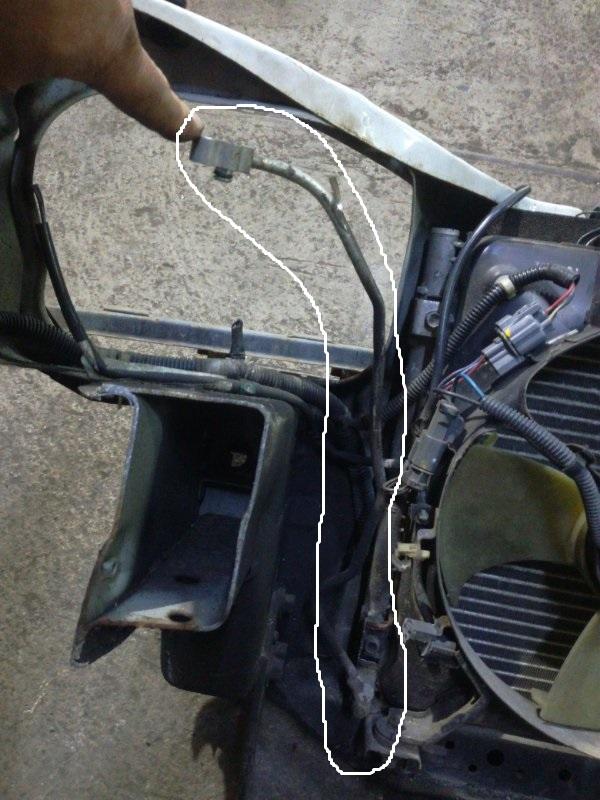 Шланг кондиционера Honda Ballade EK2 левый
