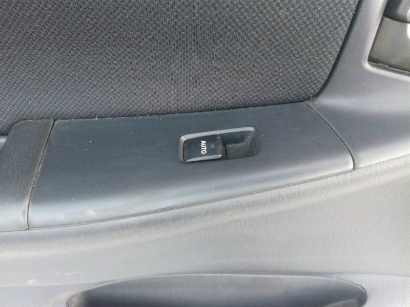 Кнопка стеклоподьемника Toyota Allex NZE121 1NZFE