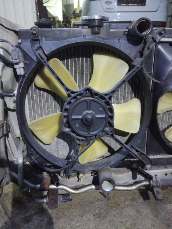 Вентилятор радиатора Daihatsu Pyzar G303G HEEG левый