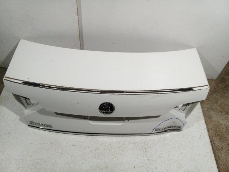 Крышка багажника Skoda Superb B6 2013 3T5827025D (б/у)