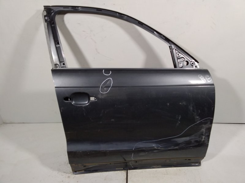 Дверь Audi Q3 8U 2012> передняя правая 8U0831052B (б/у)