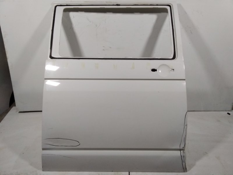 Дверь Volkswagen Multivan T5 2009 задняя правая 7E0843108AR (б/у)