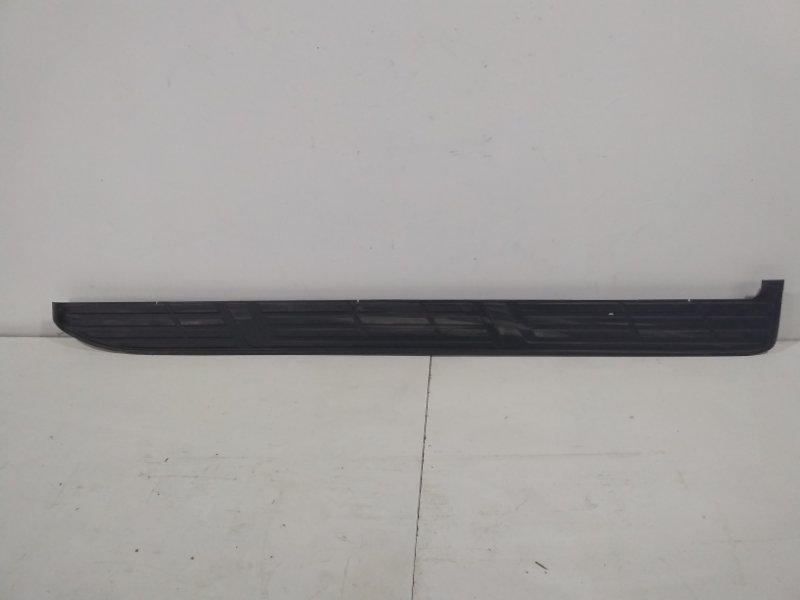 Накладка на подножку Toyota Land Cruiser Prado 150 J150 2009 левая 5177260150 (б/у)