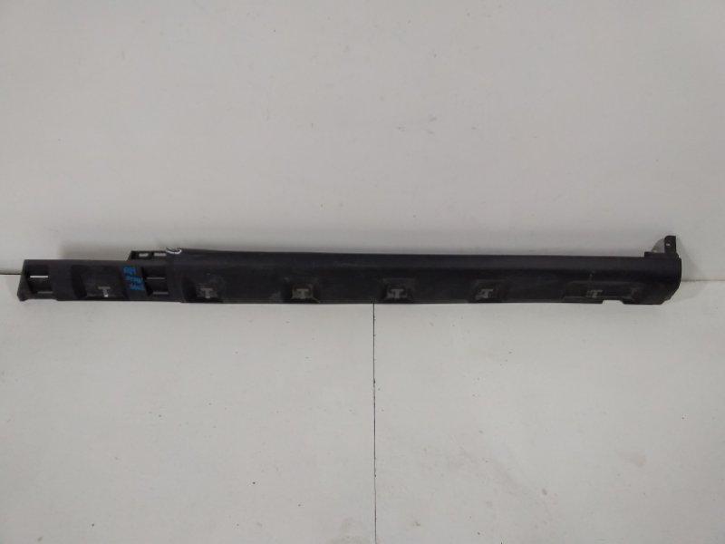 Накладка на порог (наружная) Renault Sandero Stepway 1 2 2013> правая 764266165R (б/у)